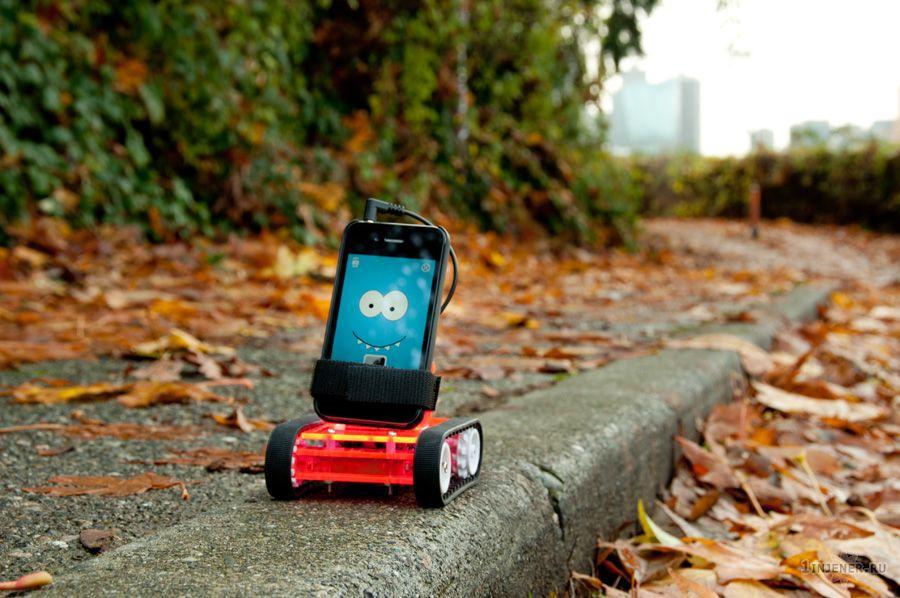 rРобот ROMO на базе смартфона
